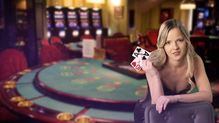 Dual-Play Land Based Casinos